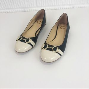 CROWN black and white color block leather flats